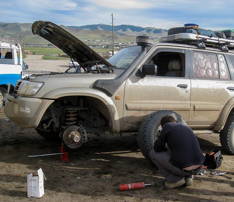 Amortyzatory samochodowe – budowa,działanie, objawy zużycia